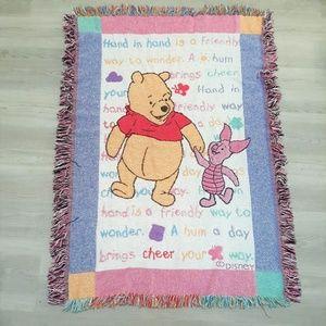 Classic Winnie the Pooh Disney Tapestry Throw